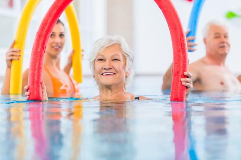 Fitness im Sommer: 7 Gymnastik Tipps für Senioren